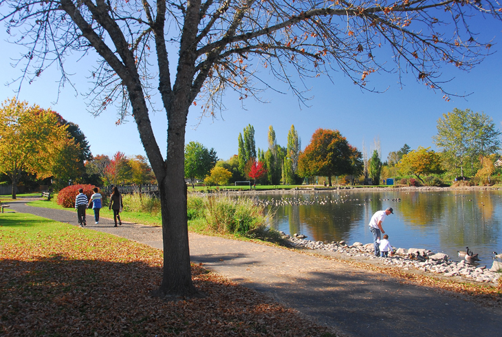 Parks contribute to good health and improved quality of life. Put on your walking shoes and visit THPRD's great destinations, like Commonwealth Lake Park.