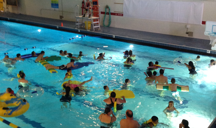 Saturday Night Splash - Dive-in to <i>Minions</i> at Aloha