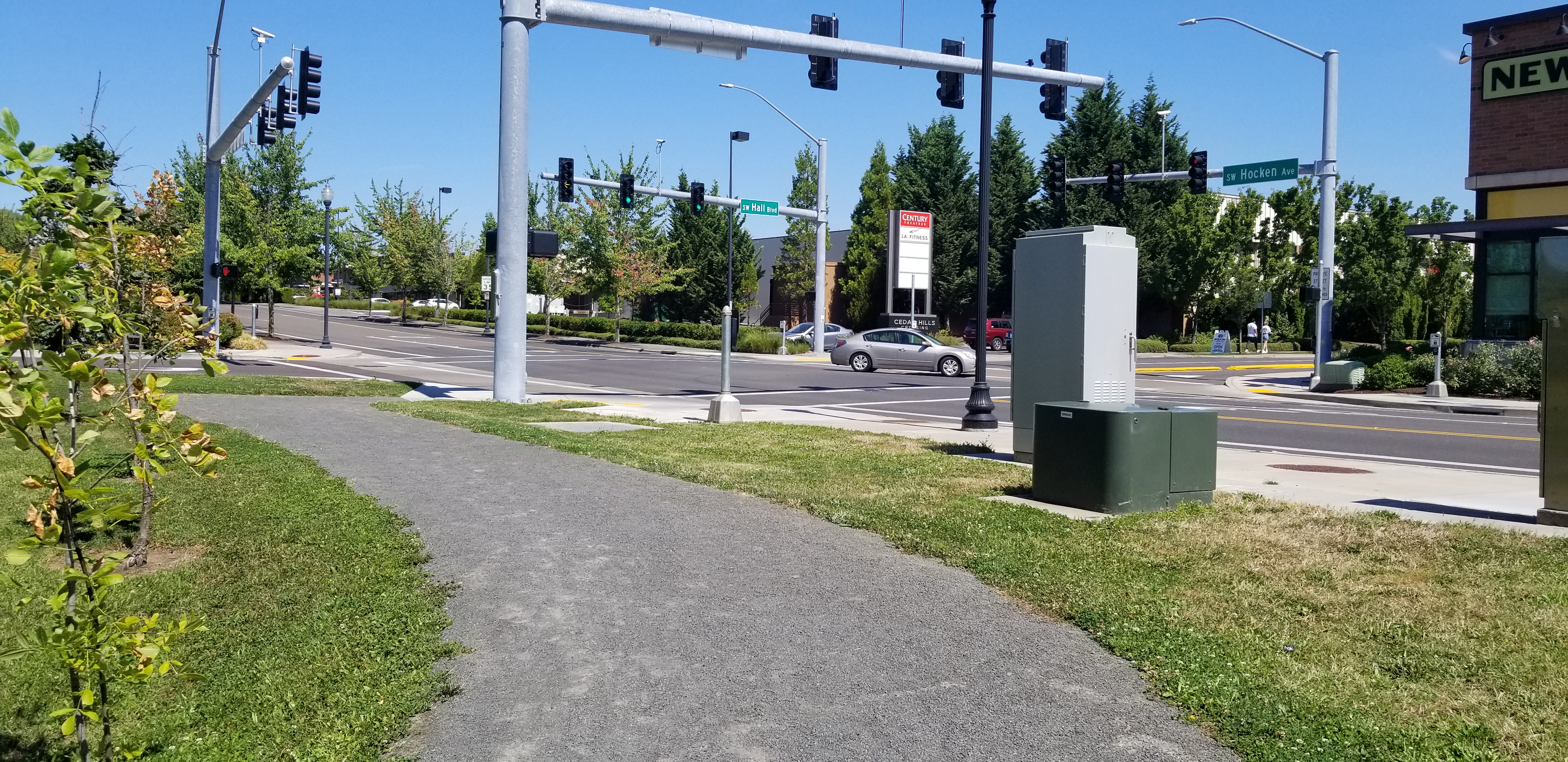 Intersection of SW Hocken Ave & SW Hall Blvd